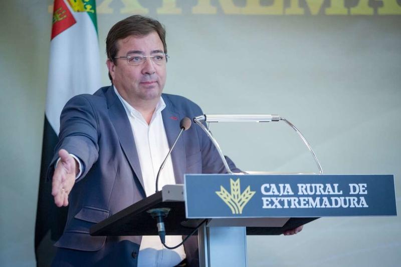 Fernández Vara destaca la calidad de los productos de Extremadura en la entrega de los premios 'Espiga'