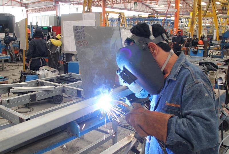 La producción industrial desciende en agosto en Extremadura un 7,1%