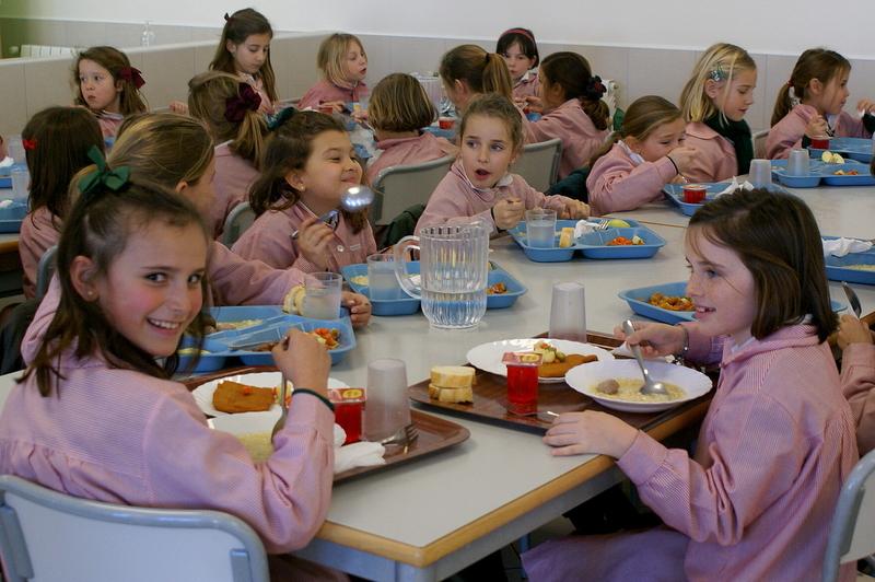 Educación destina 150.000 euros en ayudas de transporte y comedor para el alumnado del programa de refuerzo REMA