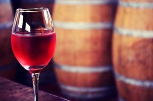 Diez caldos extremeños estarán presentes en el XVIII Salón de los Mejores Vinos de España