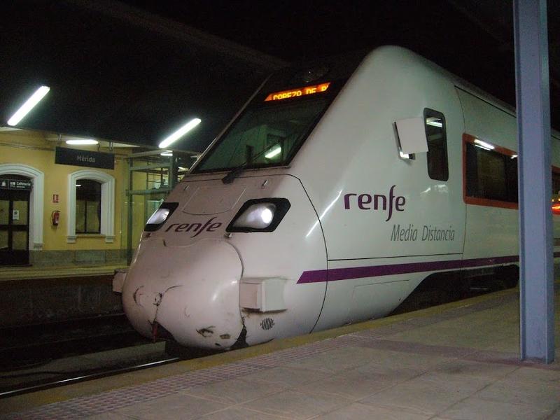 Dos trenes de Extremadura registran este lunes sendas averías