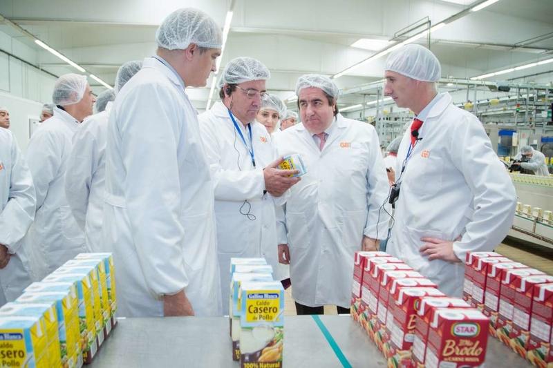 Fernández Vara tacha de injusto e insolidario el boicot a los productos catalanes