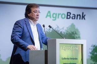 Fernández Vara califica la gestión del agua como uno de los desafíos que tenemos en el futuro
