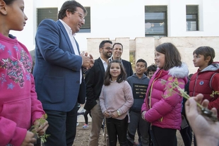 Vara considera imprescindible contar con ciudadanos comprometidos y preocupados por el medio ambiente y la economía verde