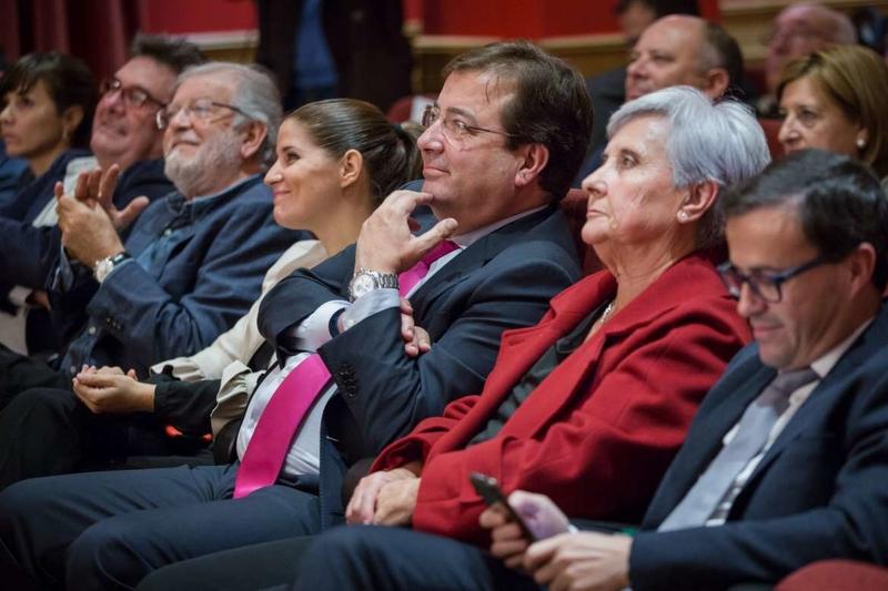 Fernández Vara pone en valor el trabajo de Javier Bodas por la cultura