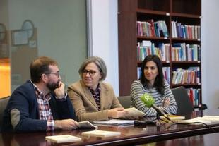 Leire Iglesias destaca el nuevo marco de colaboración que supone la nueva Consejería de Cultura e Igualdad para la Asociación de Escritores Extremeños