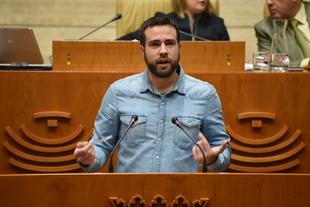 Sale adelante la propuesta de Podemos Extremadura de respetar los derechos laborales de la Policía y la Guardia Civil