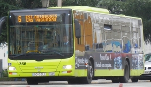Los usuarios del autobús urbano suben un 6,1% en octubre en Extremadura, hasta 1,1 millones