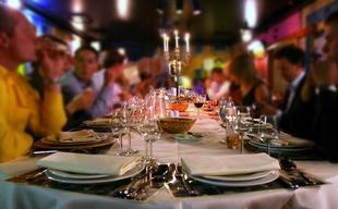 Los restaurantes extremeños, entre los que menos facturarán de media en comidas y cenas de Navidad