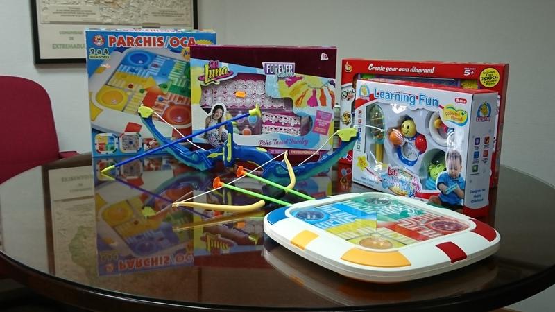 La Unión de Consumidores de Extremadura advierte que los juguetes ''baratos'' pueden ser ''peligrosos''