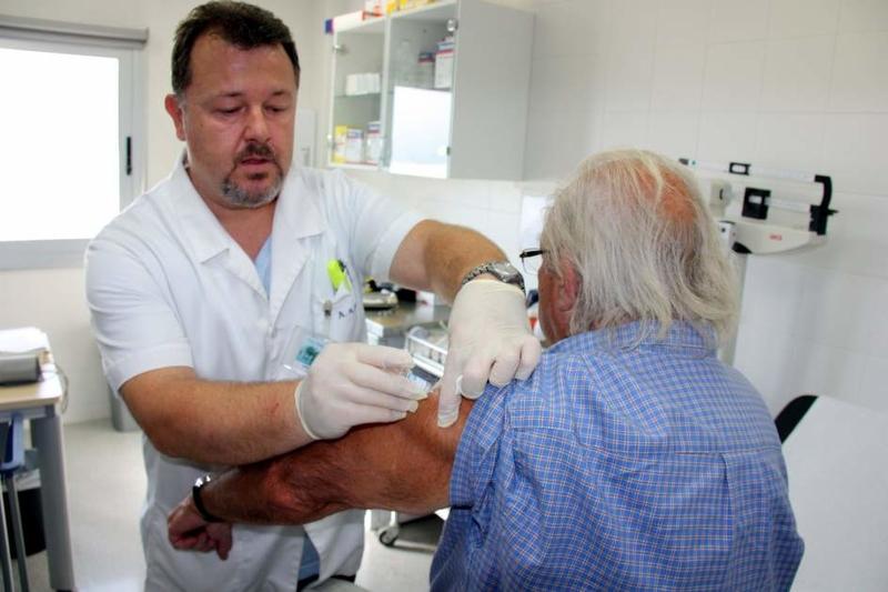 Ascienden a siete los fallecidos por gripe en Extremadura durante esta temporada