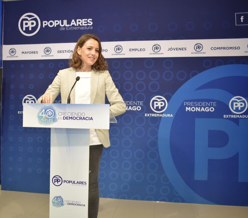 El PP recomienda a C's abandonar el ''oportunismo'' y hacer oposición real al gobierno de Fernández Vara
