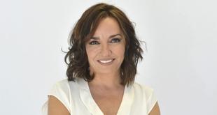 La periodista Pepa Bueno, ganadora del III Premio Santiago Castelo
