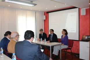Vergeles asiste a la presentación de un estudio sobre la EPOC que cifra en 36 millones el coste anual de esta enfermedad en Extremadura