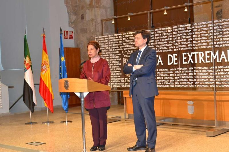 La Junta suscribe un convenio con el Instituto Nacional de Administracion Pública para la formación online de los empleados públicos