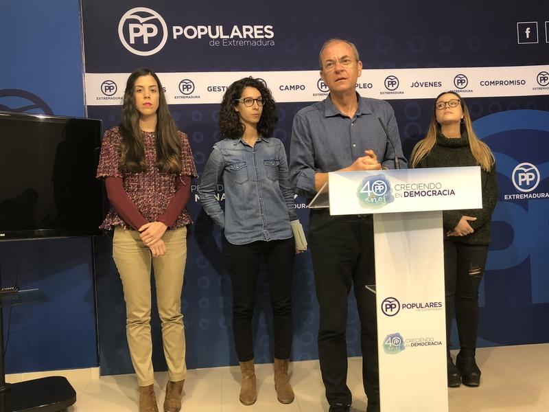 Monago señala que las recetas de Fernández Vara contra el paro juvenil ''han fracasado''