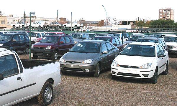 La venta de coches usados en Extremadura crece un 3,8 por ciento en enero, hasta las 3.499 unidades