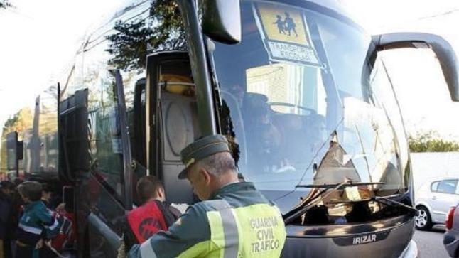 Tráfico inicia este lunes una nueva campaña dedicada al control del transporte escolar en las carreteras extremeñas