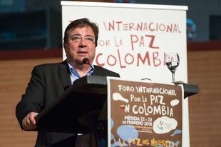 El presidente de la Junta de Extremadura inaugura en Mérida el Foro Internacional por la Paz en Colombia