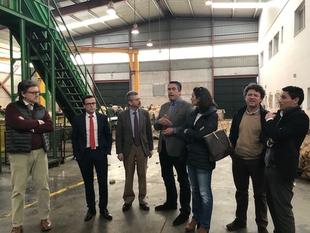 La Junta de Extremadura invierte 400.000 euros en la reestructuración de cooperativas agroalimentarias