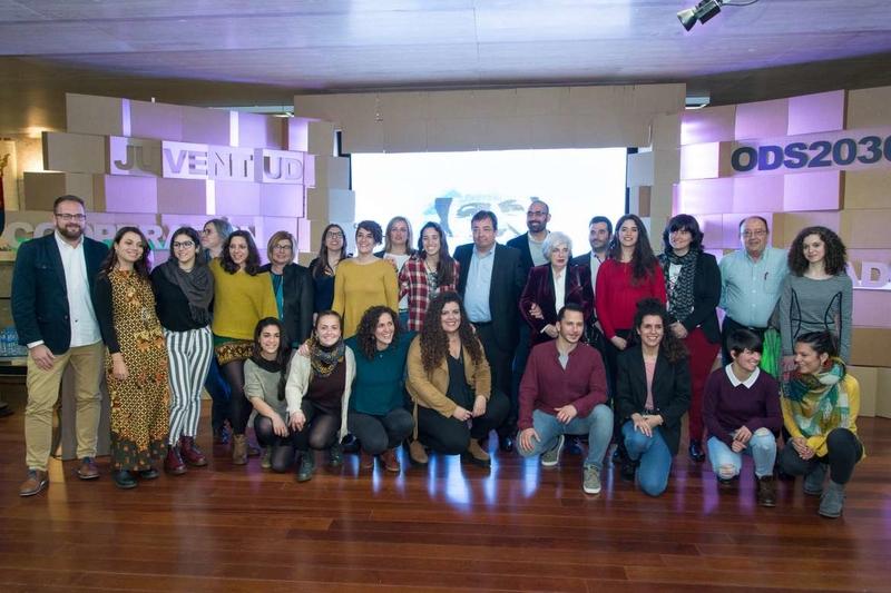 Fernández Vara asegura que la salud de una sociedad se mide en términos de solidaridad