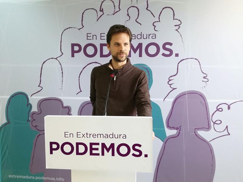 Álvaro Jaén: ''Quienes hoy intercambian medallas por aplausos son los mismos que han saqueado la hucha de las pensiones''