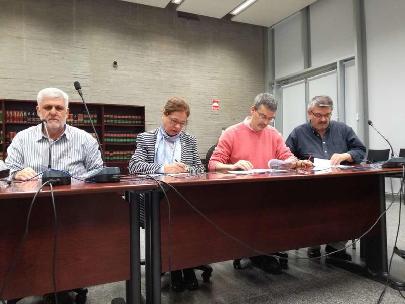 Junta de Extremadura y agentes sociales firman el acuerdo para el abono de la carrera profesional