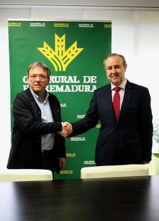 Caja Rural de Extremadura renueva su colaboración con la Federación Extremeña de Baloncesto