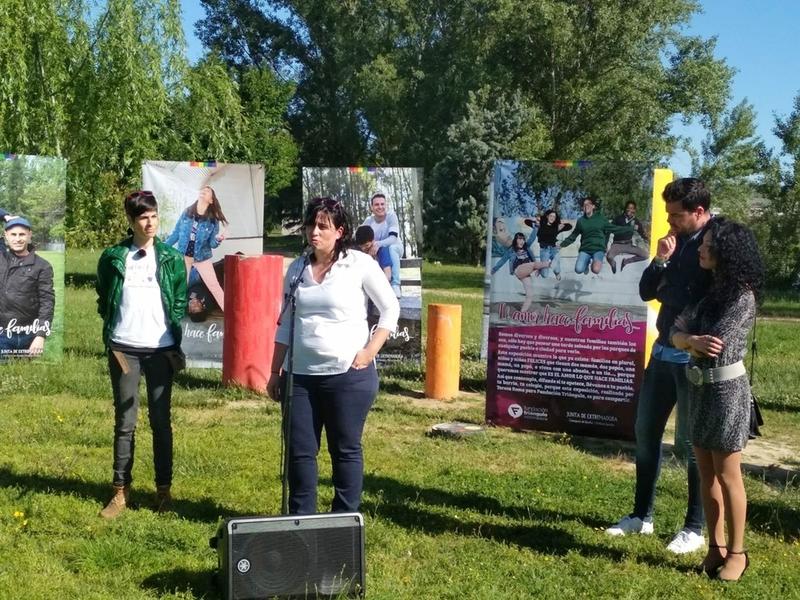 Fundación Triángulo presenta la exposición 'El amor hace familias' para la visibilización de familias LGTBI