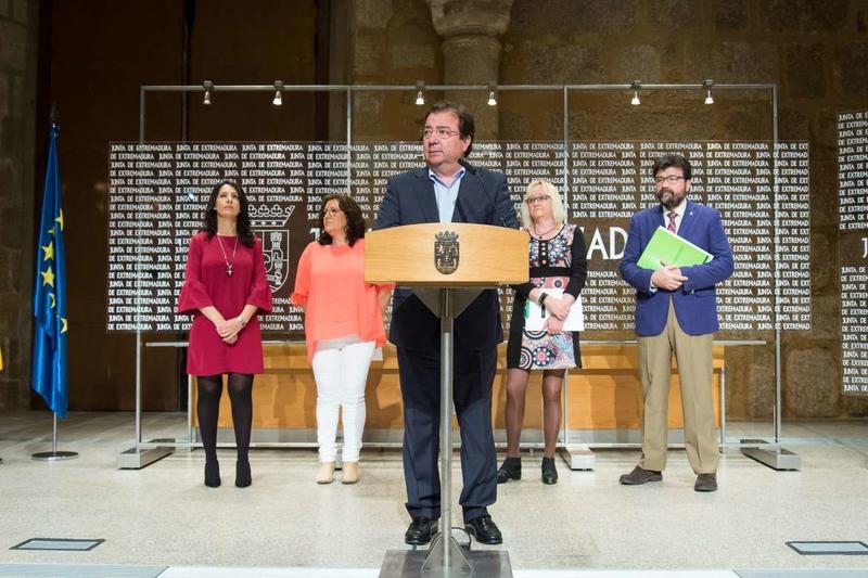 Junta y agentes sociales firman el Plan de Empleo 2018-2019, dotado con 583 millones
