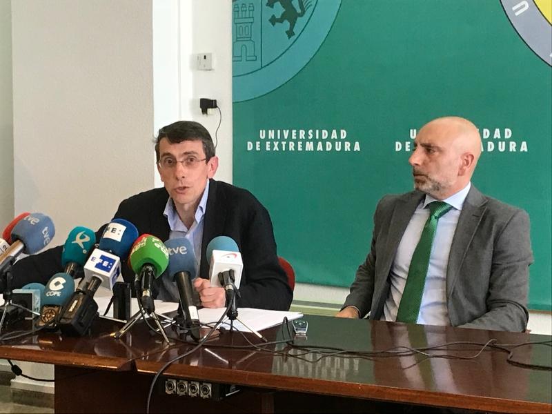 Los padres de los alumnos reclaman entre 500 y 1.000 euros por cada estudiante afectado
