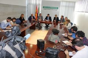 El SES contrata el confirming por 180 millones de euros para seguir cumpliendo el pago medio a proveedores