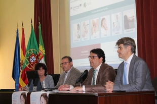 El SES presenta una web hispano-lusa para familias con información sobre la crianza de los hijos