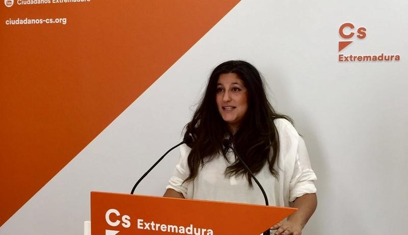 Cs Extremadura exige a Vara que ponga en marcha un plan de emergencia para resolver la situación del tren extremeño