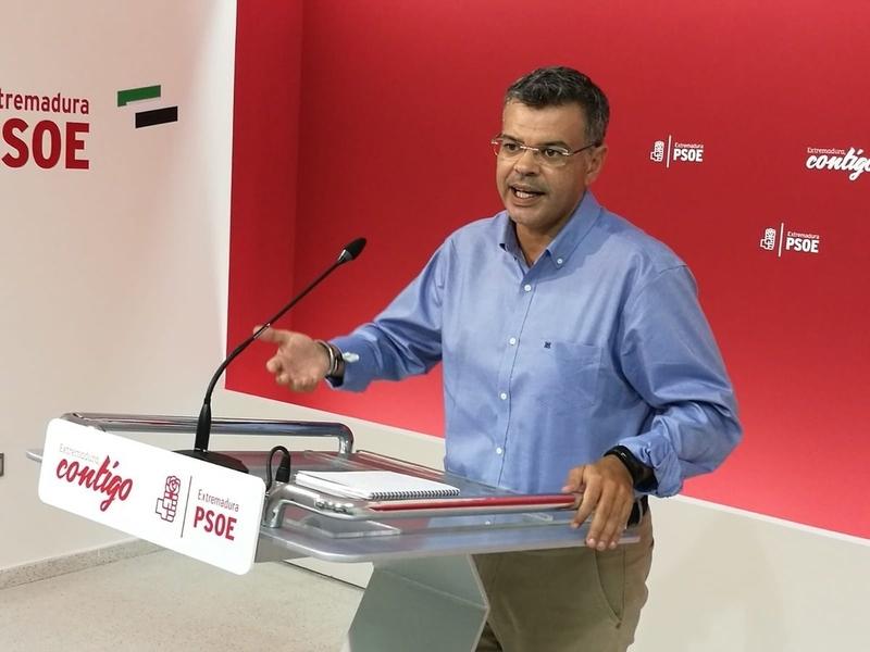 El PSOE extremeño pide a Monago que