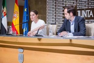 El Consejo de Gobierno acuerda destinar más de 5 millones de euros a construcción, reforma y equipamiento de centros para personas dependientes