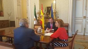 Fernández Vara se reúne con la ministra de Política Territorial y Función Pública para exponerle asuntos de interés para Extremadura