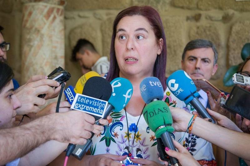 El Ministerio de Fomento se compromete a que el ferrocarril en Extremadura sea una prioridad de primer nivel