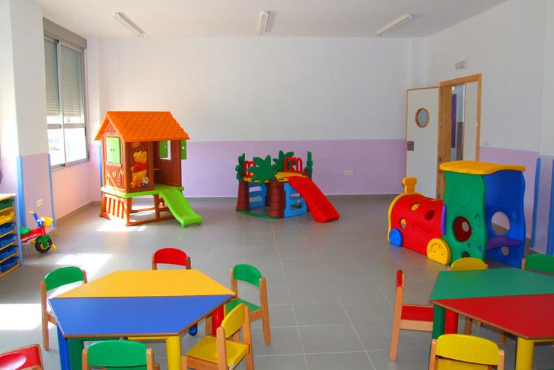 La Junta concede casi 2,7 millones de euros en ayudas a 172 ayuntamientos para financiar centros de educación infantil