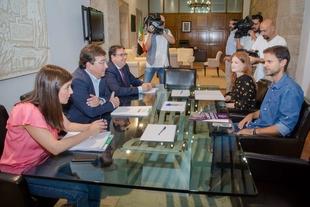 Vergeles anuncia que la Junta de Extremadura trabaja en un nuevo proyecto de ley de renta básica