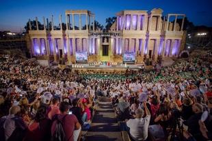 Los extremeños celebraron su día conmemorando los 35 años de autonomía