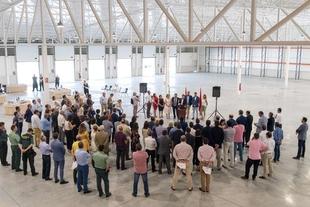Vara destaca que la ubicación de Extremadura ofrece nuevas oportunidades en áreas como la logística