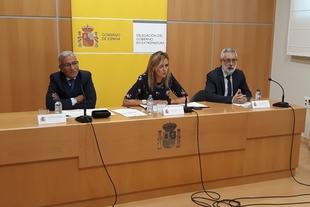 García-Seco destaca que la incorporación de la UME a la gestión del camalote demuestra que el Gobierno se ha tomado ''muy en serio'' el problema