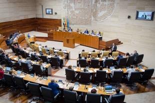Vara reitera que no se cerrará la Central Nuclear de Almaraz mientras no haya una alternativa económica para la zona