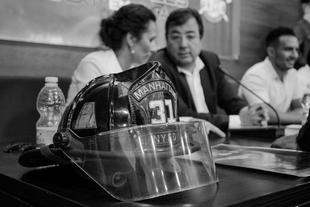 Vara aboga por promover una Ley del Fuego fruto del trabajo conjunto de Gobierno y cuerpos de bomberos