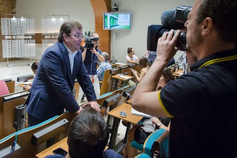 El presidente de la Junta destaca las potencialidades de las energías renovables como sector generador de empleo y riqueza