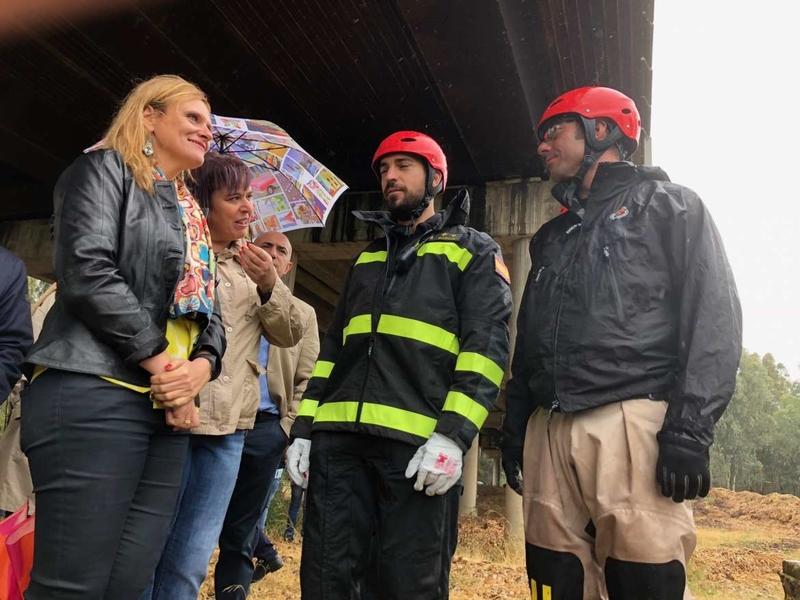 Begoña García agradece a la UME su presencia en Extremadura para limpiar camalote