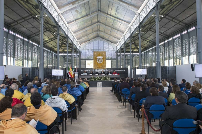 Vara destaca que la Universidad de Extremadura es la gran palanca de transformación de la región