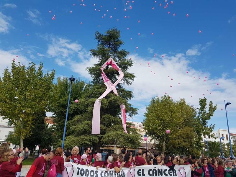 Gil Rosiña valora el importante papel de las asociaciones y organizaciones de enfermos en Extremadura