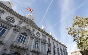La Unión de Consumidores de Extremadura muestra su sorpresa y recomienda deben esperar a que Europa se pronuncie antes de demandar a su entidad